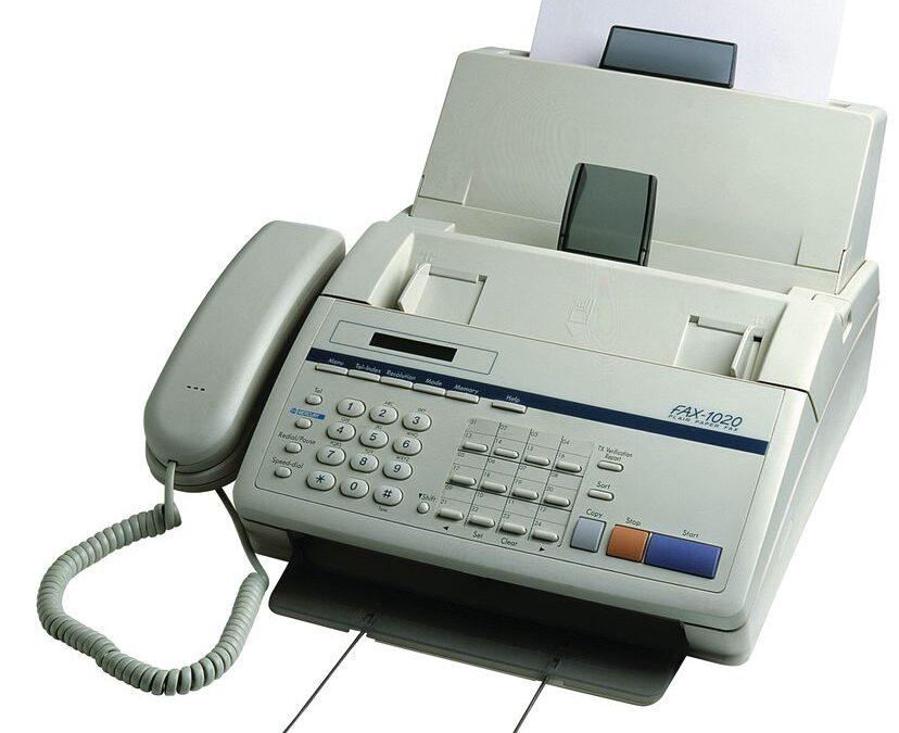 Casi dos siglos después, y a pesar de Internet, el fax sigue operativo