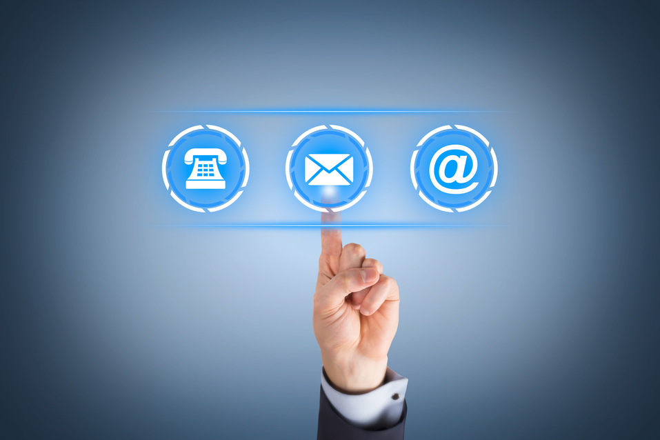Google lanza un nuevo servicio de correo electrónico. Gmail desde 2004