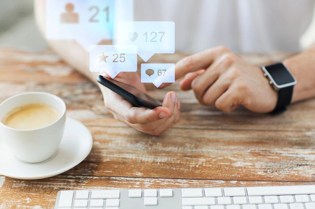 Tendencias en  las redes sociales para el 2015 por LaAnet