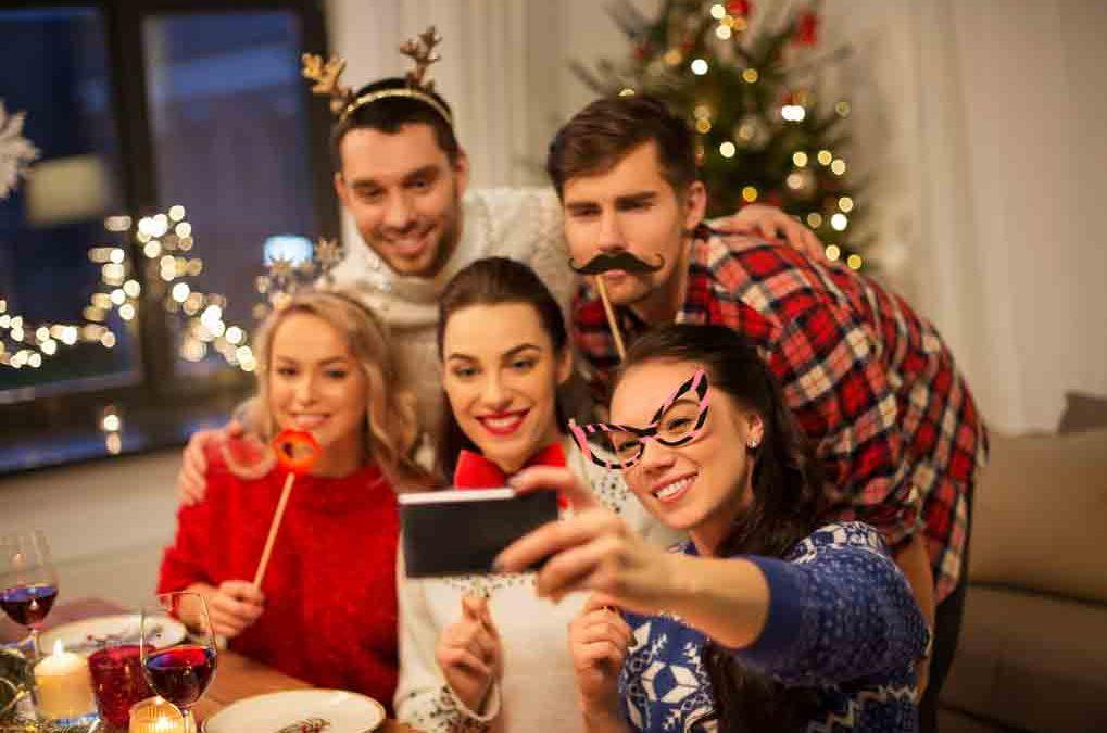 Cómo te compartas en una fiesta navideña de trabajo