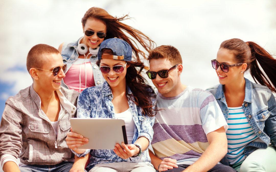 """Tipología básica de """"Amigos"""" en Twitter. La red más activa, con lideres de opinión, exposición y marca personal"""