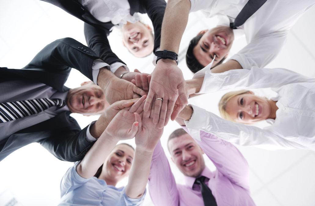 La confianza y credibilidad son los factores indispensables en la comunicación empresarial