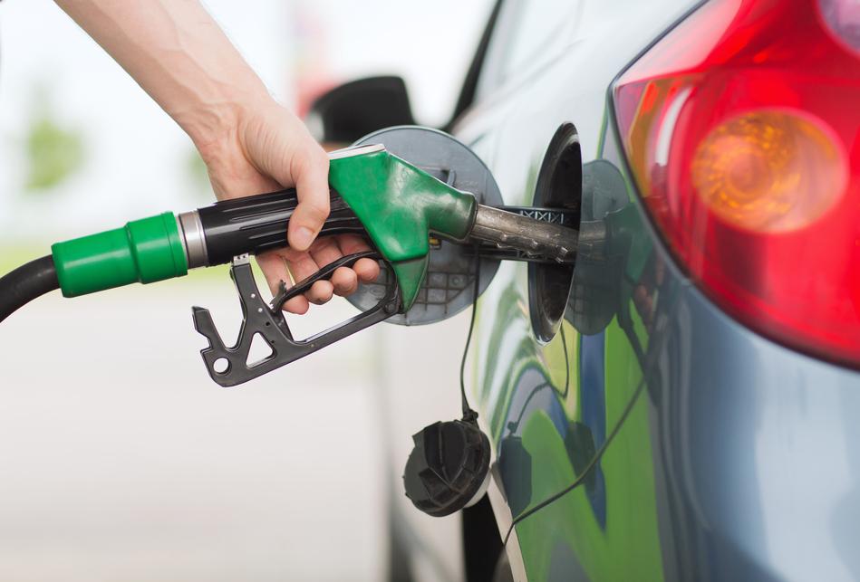 ¿ Por qué se recomienda apagar el móvil en las gasolineras?